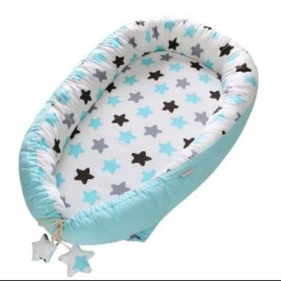 baby co-sleeper/ baby nest/sleep positioners image 3