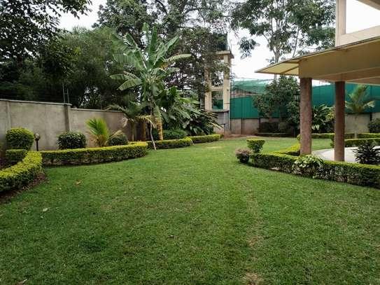5 bedroom townhouse for rent in Runda image 13