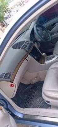 Mercedes-Benz E320 KBQ Auto Petrol. Clean! image 2