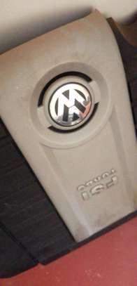 Original MK5 GTI Engine Cover and Airfilter image 2
