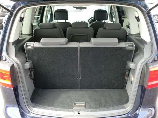 VW Touran 2013 image 4