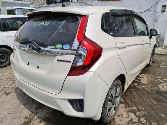 Honda Fit image 9
