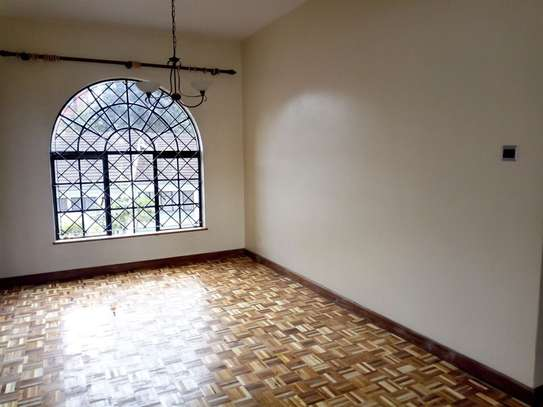 3 bedroom apartment for sale in Kilimani image 10