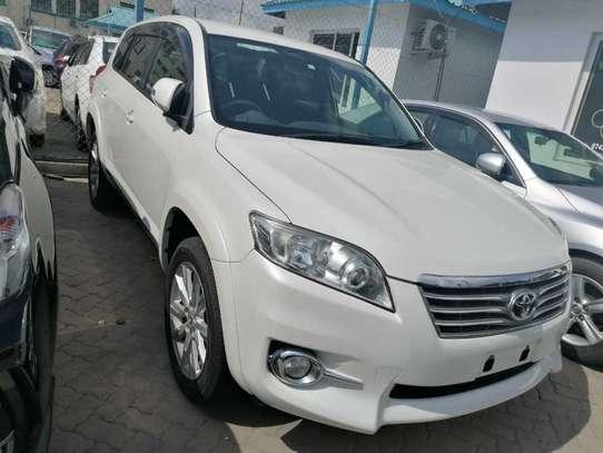 Toyota Vanguard image 1