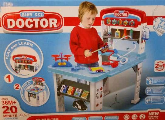 play set- doctor set image 1