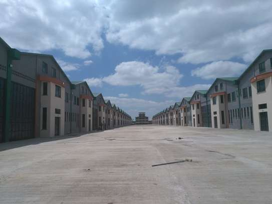 11100 ft² warehouse for rent in Mombasa Road image 4