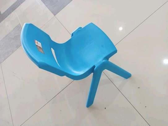 Heavy Duty Plastic Chair image 1