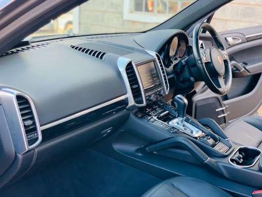 Porsche Cayenne image 14
