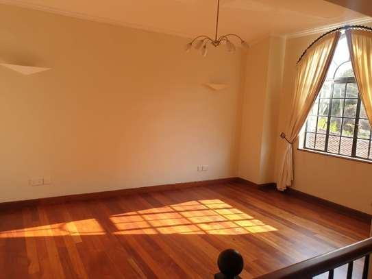 5 bedroom villa for rent in Runda image 9