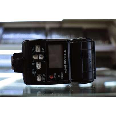 Nikon SB-600 Speedlight Flash image 2