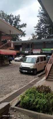 900 ft² shop for rent in Karen image 1