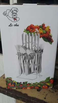 Cutlery set image 1