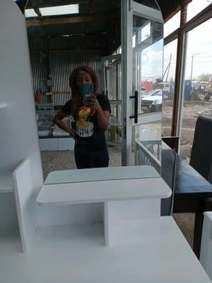Dressers for sale/modern dressing table with.mirror/dressing mirrors for sale in Nairobi image 1