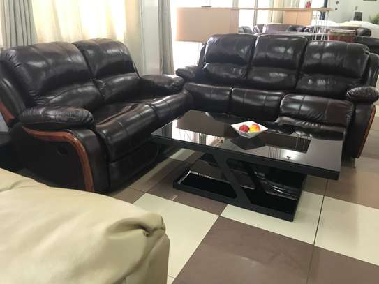 Recliner Leathers Sofa Set