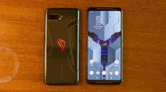 Asus ROG Phone II image 3