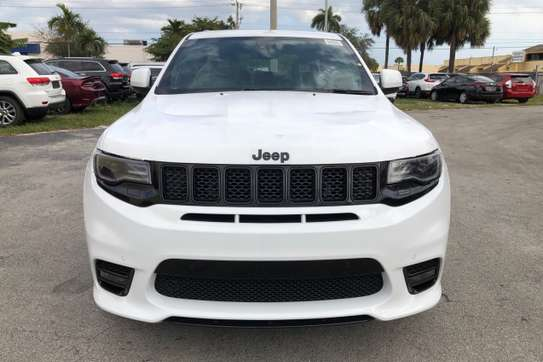 Jeep Grand Cherokee 6.4 V8 image 2