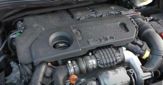 Peugeot 208 E-HDI image 8