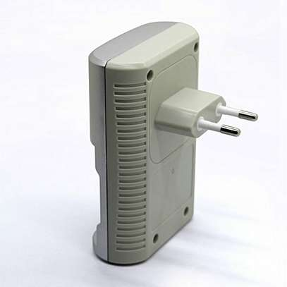 MP-709 Battery Charger - for AA/AAA/9V image 3