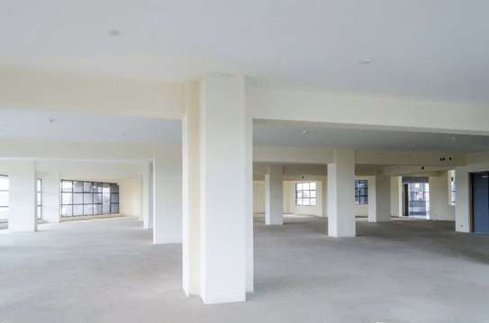 7500 ft² office for rent in Westlands Area image 4
