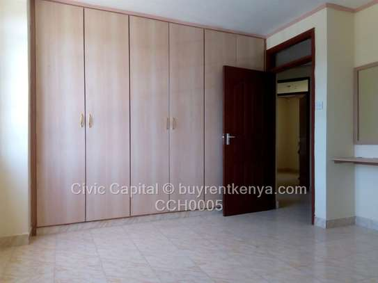 4 bedroom townhouse for rent in Syokimau image 10