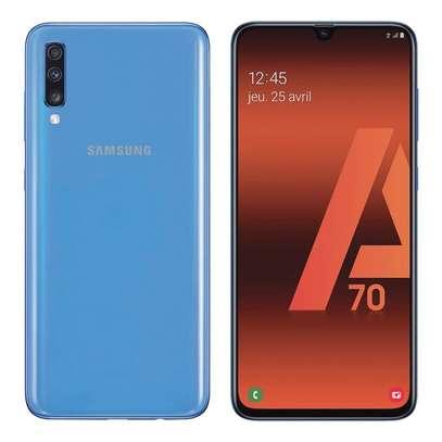 Samsung Galaxy A70, 6.7-Inch, 128GB + 6GB RAM (Dual SIM), 4500mAh image 6
