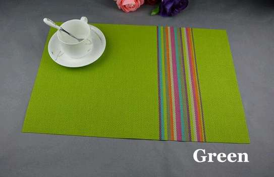 Table mat new lines green 1pc image 1