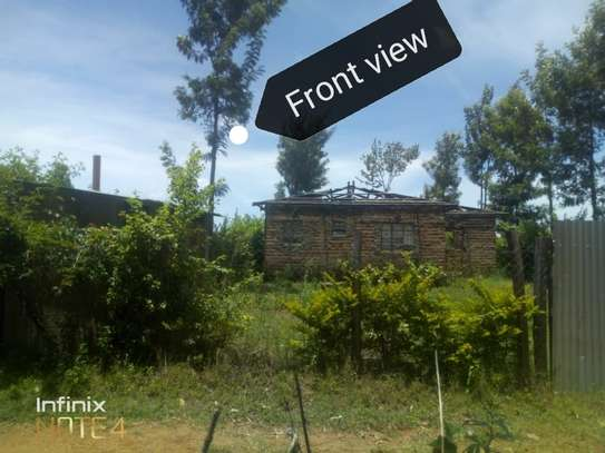 3bedroom on a 1/4acre of land image 2