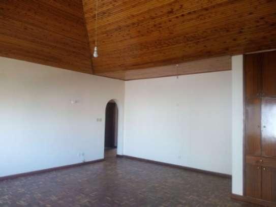 Elegant 3 Bedrooms Apartment To Let in Kilimani image 2