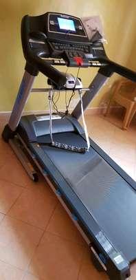 Treadmill Ishine 8L image 3