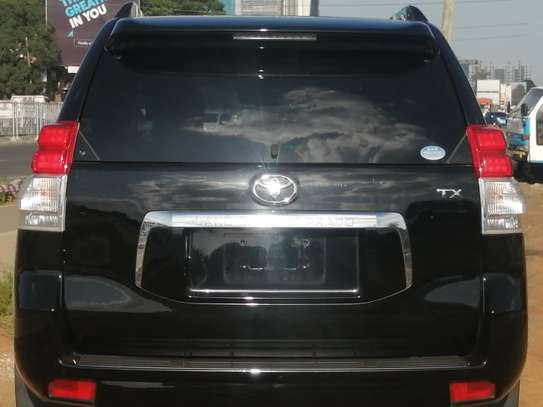 Toyota Prado TX 2013 with Sunroof and leather seats image 11