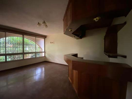 5 bedroom house for rent in Gigiri image 4