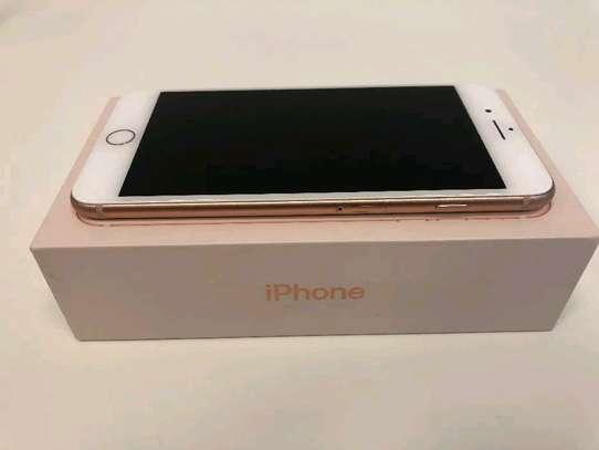 Iphone 8 plus ( original ) image 3