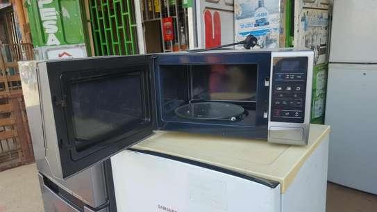 Samsung 1150W Microwave image 2