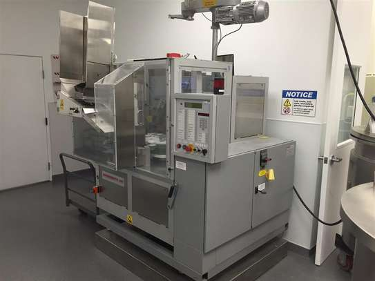 Automatic Tube Filling and Sealing Machine image 4