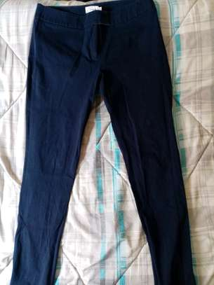 Second hand Lady trousers. image 8