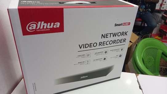8 Channel Dahua NVR Machine brand new image 2