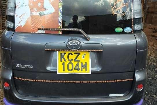 Toyota Sienta image 5