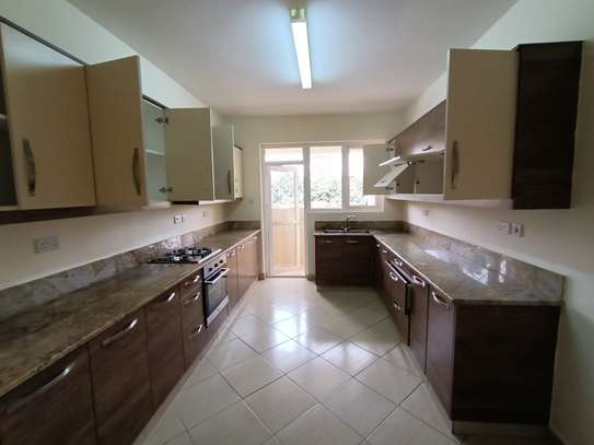 2 bedroom apartment for rent in Brookside image 9