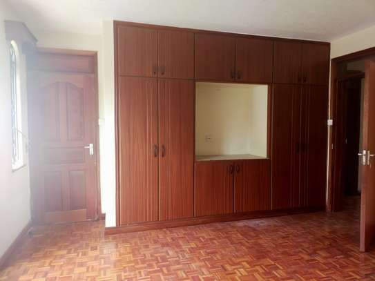 5 bedroom townhouse for rent in Kileleshwa image 13