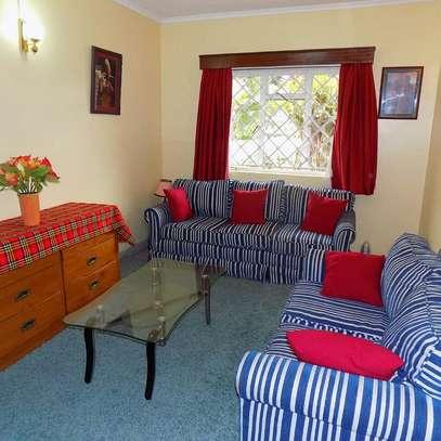 cheap 1 Bedroom fully furnished runda. image 3