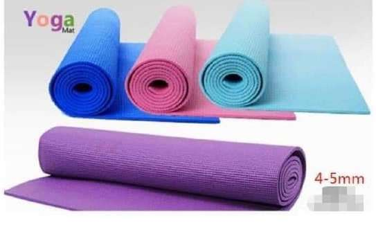plain color yoga mat image 1