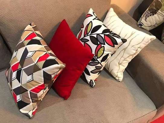 Complete Throw pillow Set image 7
