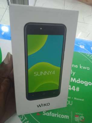 wiko sunny 4 16gb and 1gb ram -made in France image 1