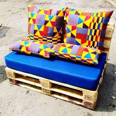 Colorful Simple Modern Quality 2 Seater Outdoor Pallet Sofa image 1