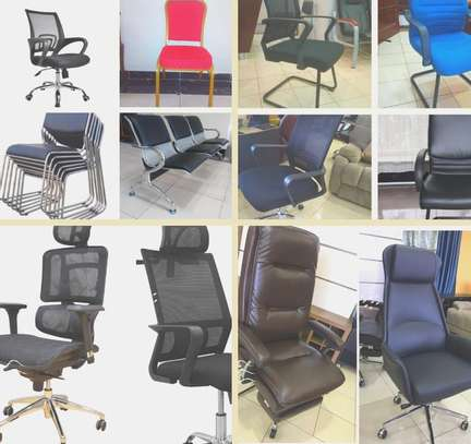 AFFORDABLE OFFICE CHAIRS/DESK image 2
