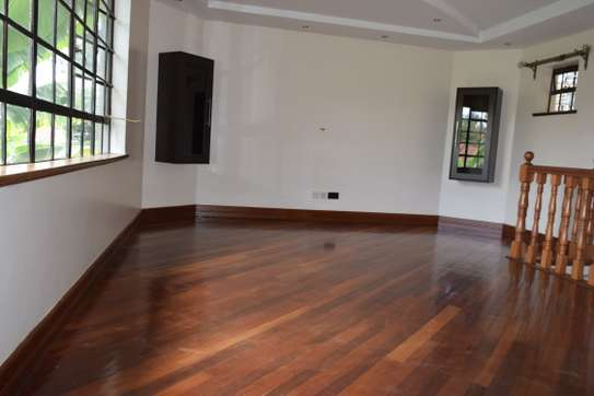3 bedroom house for rent in Gigiri image 2