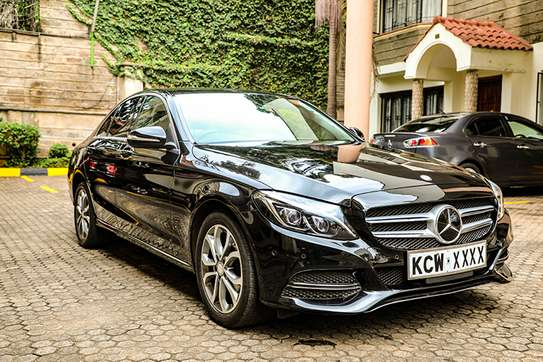 Mercedes Benz C200 (New Model)