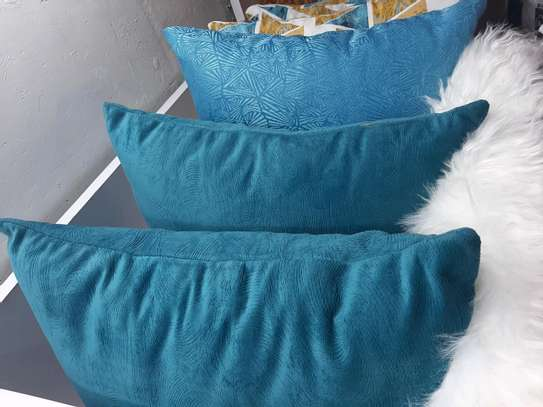 TERQUIOSE BLUE THROWPILLOWS image 1