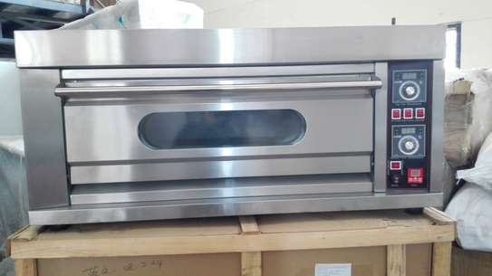 Single deck double tray electric Oven image 2