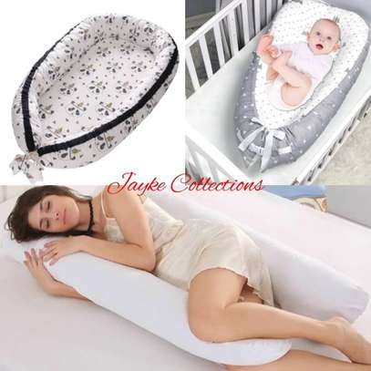 maternity pillow image 4
